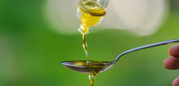 Aprovecha todos los beneficios del aceite de oliva virgen extra tomando aceite de oliva en ayunas